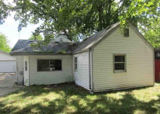 Foreclosed Home in Harrison Township 48045 UNION LAKE RD - Property ID: 4501378201