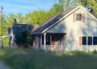 Foreclosed Home in Caro 48723 S HURDS CORNER RD - Property ID: 4501386977