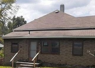 Foreclosed Home in Muncie 47302 S MULBERRY ST - Property ID: 4501395277