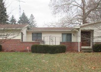 Foreclosed Home in Flint 48532 CABOT DR - Property ID: 4501439525