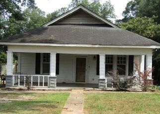 Foreclosed Home in Roanoke 36274 MAPLE DR - Property ID: 4501475436