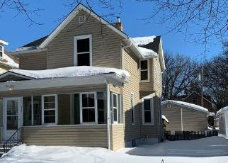 Foreclosed Home in Fargo 58103 11TH ST S - Property ID: 4501482893