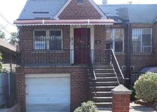 Foreclosed Home in Bronx 10469 RADCLIFF AVE - Property ID: 4501601575