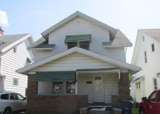 Foreclosed Home in Toledo 43605 RAYMER BLVD - Property ID: 4501789911
