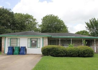 Foreclosed Home in Clute 77531 SCHLEY ST - Property ID: 4501843328
