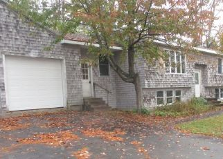Foreclosed Home in Westbrook 04092 BROOK ST - Property ID: 4501853858
