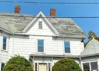 Foreclosed Home in Malden 02148 ELLIS ST - Property ID: 4501873109