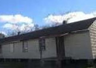 Foreclosed Home in Mobile 36610 FAYETTE ST - Property ID: 4501990945