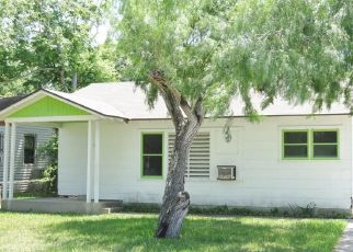 Foreclosed Home in Corpus Christi 78415 BRANDESKY DR - Property ID: 4502055306