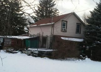 Foreclosed Home in North Collins 14111 GOWANDA STATE RD - Property ID: 4502070194