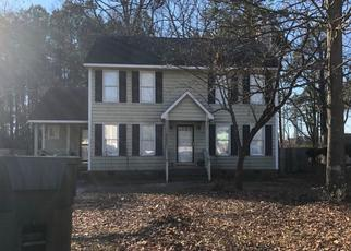 Foreclosed Home in Fayetteville 28314 CALLAHAN CIR - Property ID: 4502291377