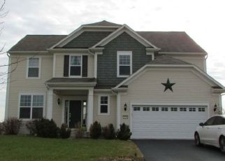 Foreclosed Home in Yorkville 60560 EMERALD LN - Property ID: 4502294451