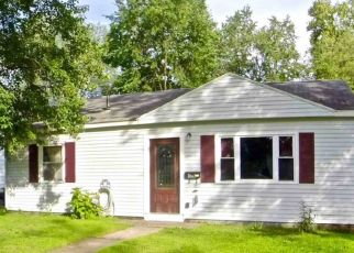 Foreclosed Home in Schenectady 12304 CLAYTON RD - Property ID: 4502445100