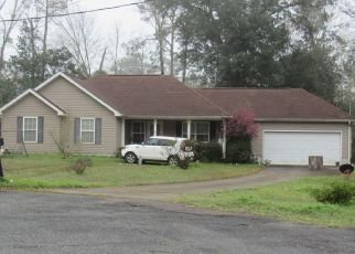Foreclosed Home in Quincy 32351 NOAH LN - Property ID: 4502663218