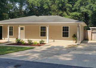 Foreclosed Home in Crestview 32539 HABURN ST - Property ID: 4502683817