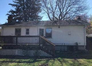 Foreclosed Home in Vienna 22180 YEONAS DR SW - Property ID: 4502689953