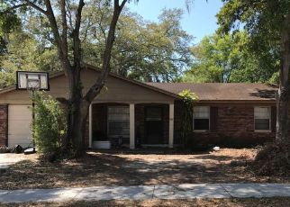 Foreclosed Home in Brandon 33511 VILLAGE CT - Property ID: 4502730225