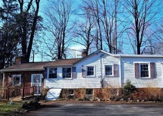Foreclosed Home in Croton On Hudson 10520 MOUNTAIN TRL - Property ID: 4502800753