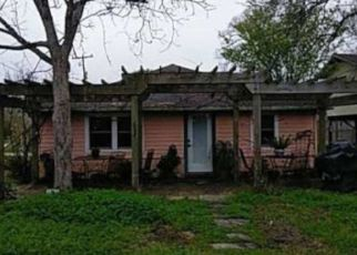 Foreclosed Home in Dickinson 77539 AVENUE I - Property ID: 4502874322