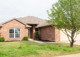 Foreclosed Home in Yukon 73099 WILLOWOOD DR - Property ID: 4502876969