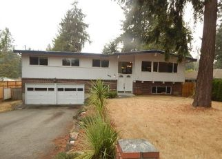 Foreclosed Home in Seattle 98166 SW 164TH ST - Property ID: 4502957544