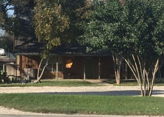 Foreclosed Home in New Braunfels 78132 FM 482 - Property ID: 4503009218