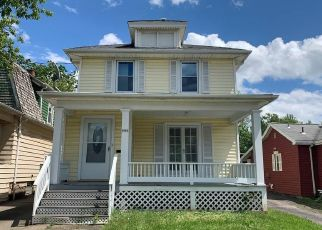 Foreclosed Home in Niagara Falls 14305 MACKLEM AVE - Property ID: 4503102958