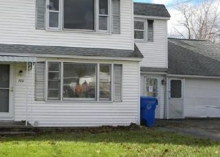 Foreclosed Home in Torrington 06790 GREENRIDGE RD - Property ID: 4503122209