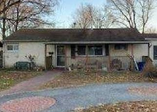 Foreclosed Home in Central Islip 11722 TAMARACK ST - Property ID: 4503216377
