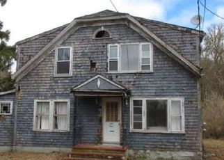 Foreclosed Home in Westport 02790 STATE RD - Property ID: 4503529984