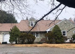 Foreclosed Home in Huntington Station 11746 OLD COUNTRY RD - Property ID: 4503647792