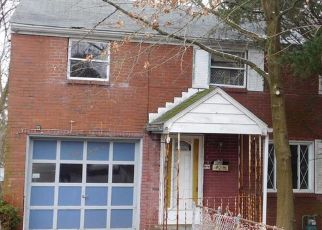 Foreclosed Home in Pittsburgh 15235 HIGHLAND RD - Property ID: 4503743707