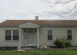 Foreclosed Home in East Saint Louis 62207 BATES ST - Property ID: 4503846181