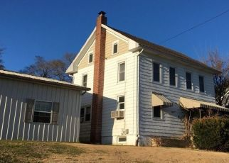 Foreclosed Home in Red Lion 17356 SPRINGVALE RD - Property ID: 4503973644