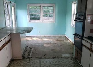Foreclosed Home in Lanham 20706 3RD ST - Property ID: 4503991604