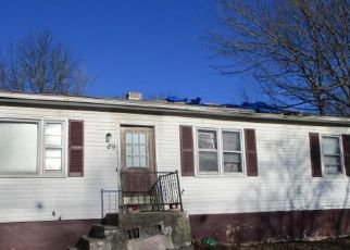 Foreclosed Home in West Haven 06516 OGDEN ST - Property ID: 4503998607