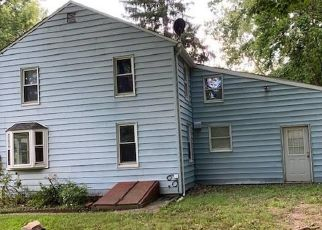 Foreclosed Home in New Milford 06776 LANESVILLE RD - Property ID: 4504005616