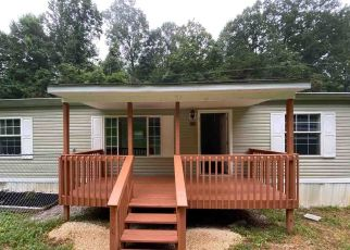 Foreclosed Home in Caryville 37714 SHADY COVE RD - Property ID: 4504039781