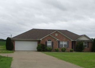 Foreclosed Home in Dyersburg 38024 MILLSFIELD HWY - Property ID: 4504051601