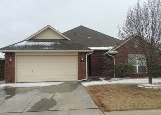 Foreclosed Home in Oklahoma City 73160 SW 31ST TER - Property ID: 4504088385