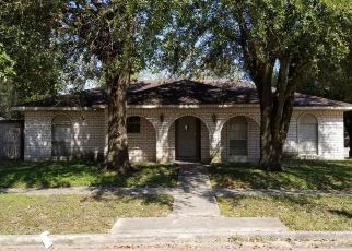 Foreclosed Home in Houston 77088 DARKWOOD DR - Property ID: 4504117292