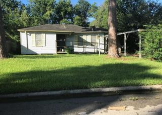 Foreclosed Home in Houston 77021 KEYSTONE ST - Property ID: 4504143127