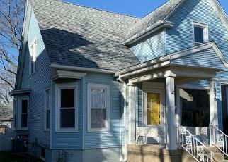 Foreclosed Home in Racine 53403 PARK AVE - Property ID: 4504145772