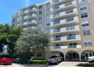Foreclosed Home in Miami Beach 33141 N TREASURE DR - Property ID: 4504163728
