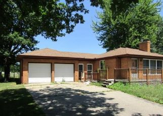 Foreclosed Home in Saginaw 48604 SHEPARD ST - Property ID: 4504180815