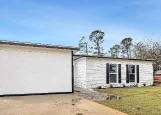 Foreclosed Home in Panama City 32409 GLEN COVE LN - Property ID: 4504194373