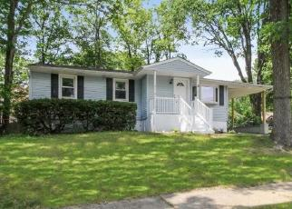 Foreclosed Home in Stanhope 07874 DELAWARE AVE - Property ID: 4504206649