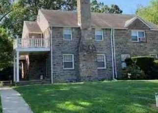 Foreclosed Home in Chester 19013 IRVINGTON PL - Property ID: 4504229869