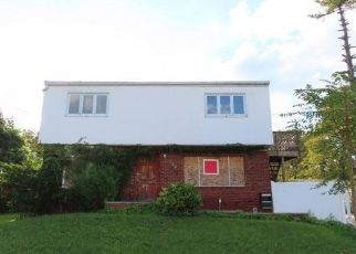 Foreclosed Home in Elmont 11003 STONE ST - Property ID: 4504308696