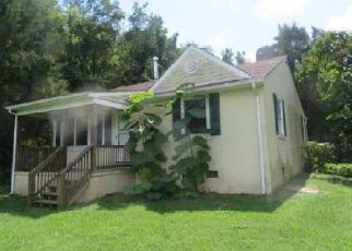 Foreclosed Home in Farmville 23901 JAMESTOWN RD - Property ID: 4504381843